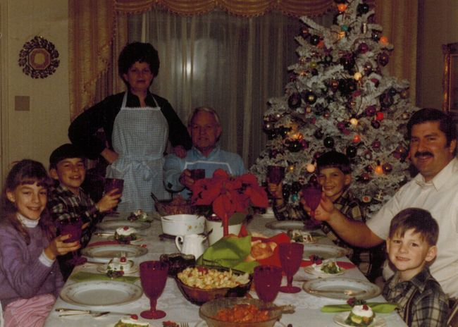1-1984-12 Christmas